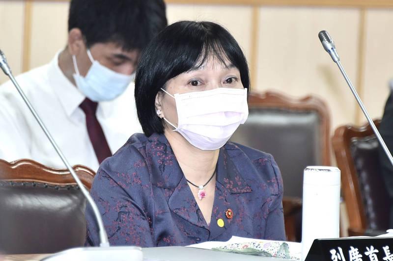 促轉會主委楊翠表示,威權統治時期曾擔任法院院長、公懲會委員長的119名法官中,可以確認擁有黨籍者共83名,約占7成。(資料照)