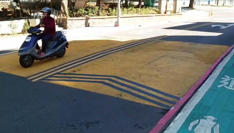 桃市7路段試辦「減速平台」被嫌吵 交通局允諾檢討改善