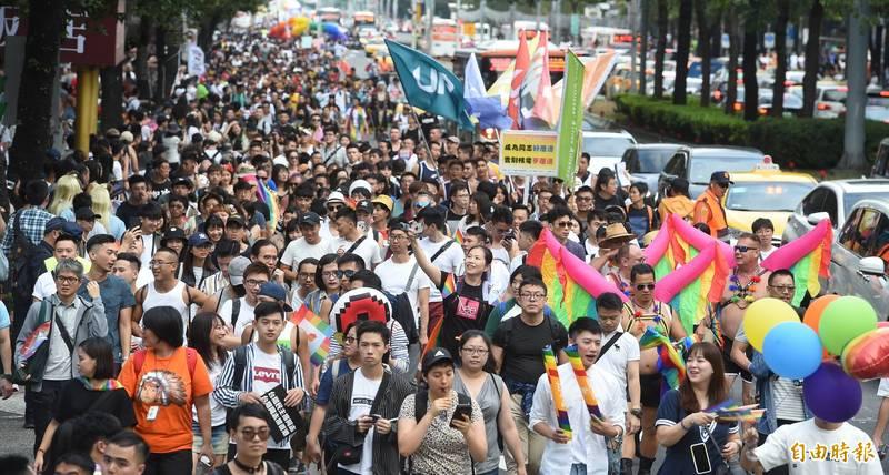 圖為去年舉行的同志大遊行,大批民眾上街響應。(資料照)