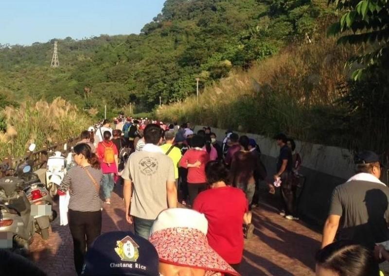 龍騰太平登高望遠健行活動31日下午登場,太平農會邀民眾健行運動聽音樂會。(記者陳建志翻攝)