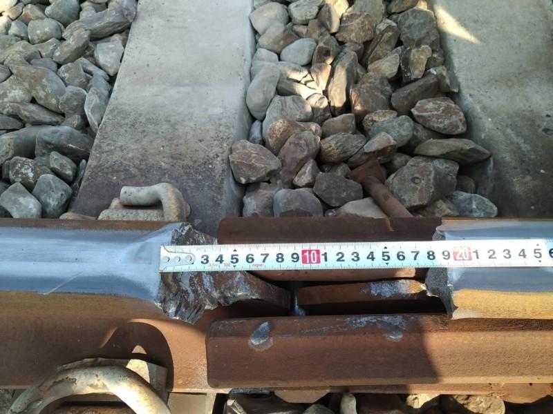 台鐵近日接連發生軌道斷裂事件,台鐵坦言,鋼軌斷裂難以完全避免,只能降低發生頻率,遭鐵道學會痛批。(交通部提供)