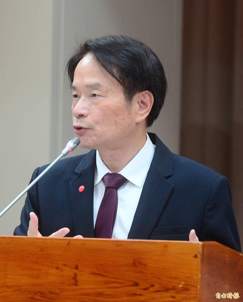 立法院財政委員會邀請國史館館長陳儀深做業務報告並備詢。(記者王藝菘攝)