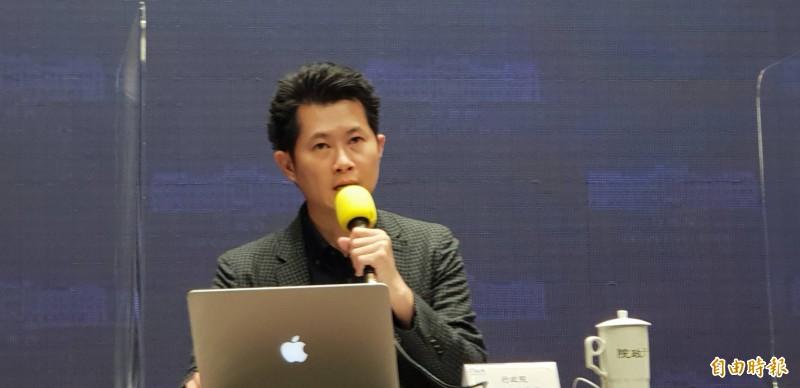 行政院發言人丁怡銘表示,台灣只允許13國豬肉進口,駁斥全世界萊豬都可進口台灣。(資料照)