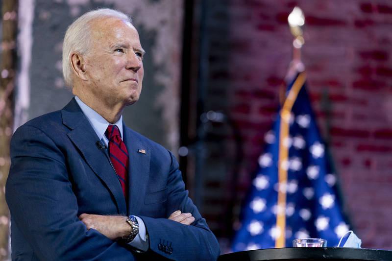 美國民主黨總統候選人拜登在接受採訪時承諾,如果他贏得美國總統大選,會優先通國《平等法案》。(美聯社)