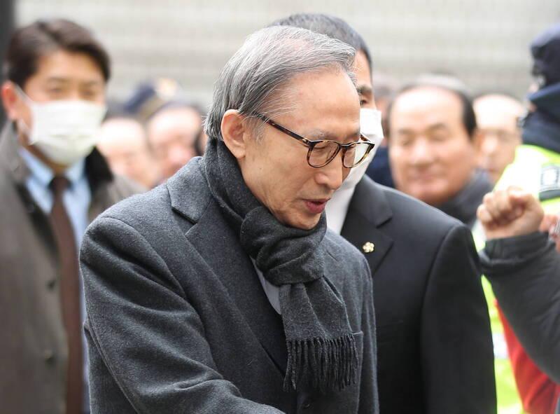 南韓前總統李明博涉貪 終審判17年徒刑、罰3.3億
