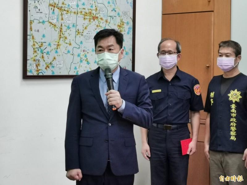 內政部次長陳宗彥表示將協助家屬來台。(記者吳俊鋒攝)