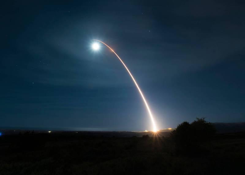 美軍10月29日向西太平洋發射義勇軍3型洲際飛彈。圖為美國今年2月6日發射義勇軍3型洲際飛彈。(法新社檔案照)