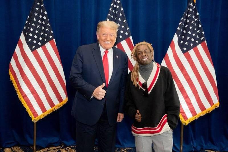 美國非裔饒舌歌手「小韋恩」(Lil Wayne)與川普見面討論「白金計畫」。(圖擷取自推特)