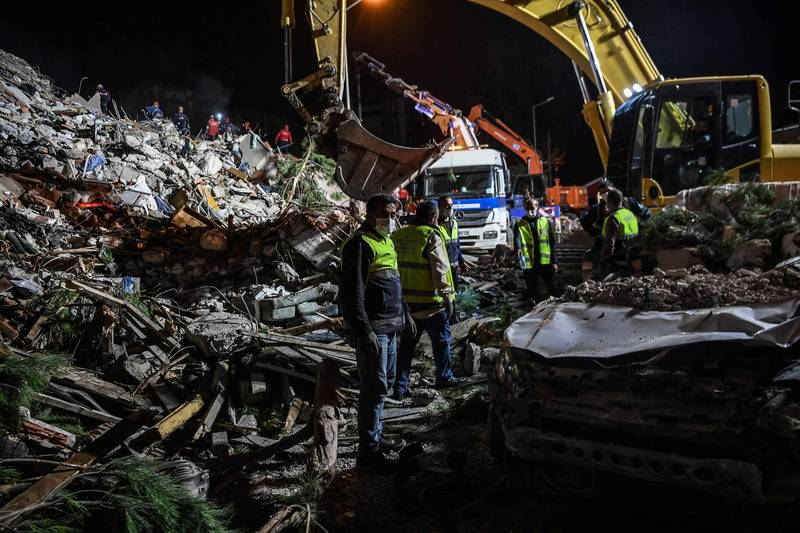 土耳其第3大城伊茲米爾(Izmir)災情嚴重。(法新社)