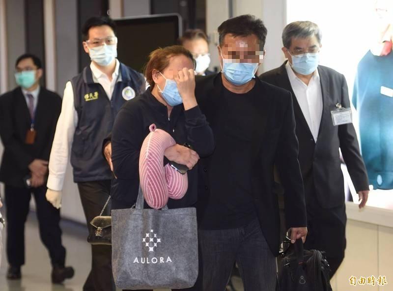 遇害馬國鍾姓女大生父母來台 檢疫全陰性搭車趕赴高雄