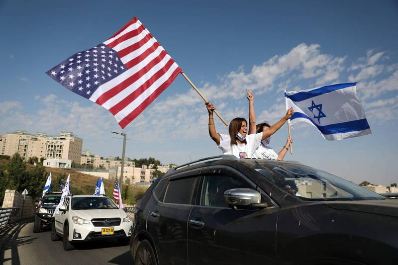 近期以色列有份民調顯示,有63%的以色列人認為,川普勝選更能符合以色列利益。(歐新社)