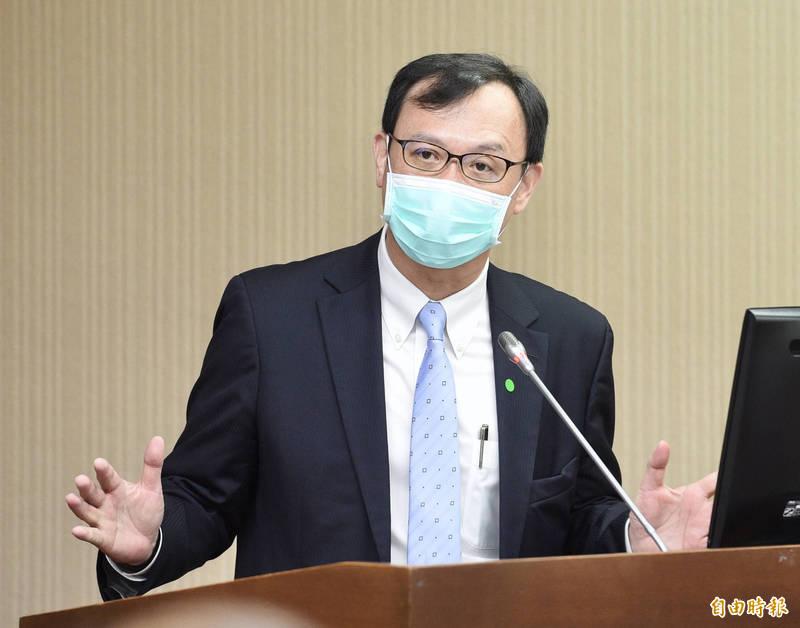 衛福部次長石崇良表示,若有加熱菸結合電子煙的產品,將視為類菸品禁止販售、進口。(資料照)