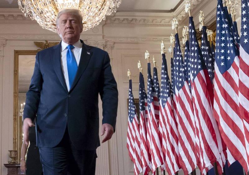 川普(見圖)今日自行宣布當選,並在白宮發表「勝選感言」。(歐新社)