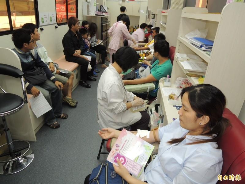 南台灣捐血庫存見底,B、O型血低於5天,台南捐血中心發出紅色警戒!(資料照)