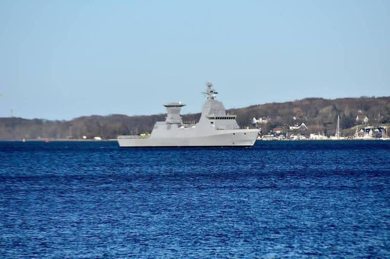 首艘薩爾6型護衛艦「瑪根號」預計12月將回到以國,具備強大防空與反艦能力,圖為「瑪根號」。(擷取自以色列國防部)
