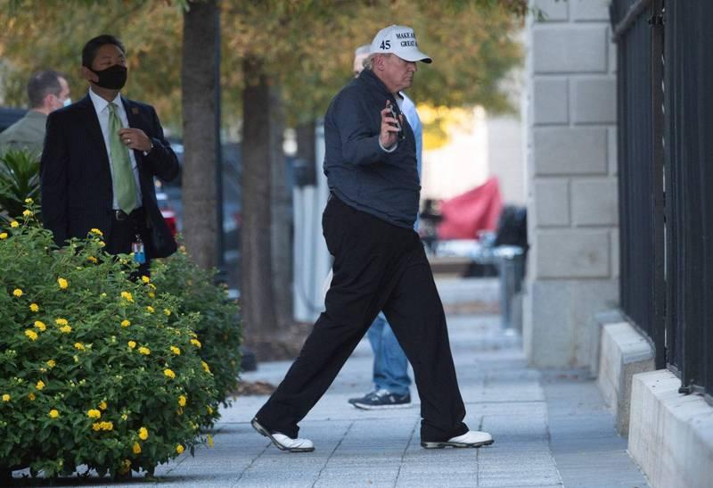 美國總統川普在聽到拜登勝選消息後,從高爾夫球場衝回白宮。(法新社)