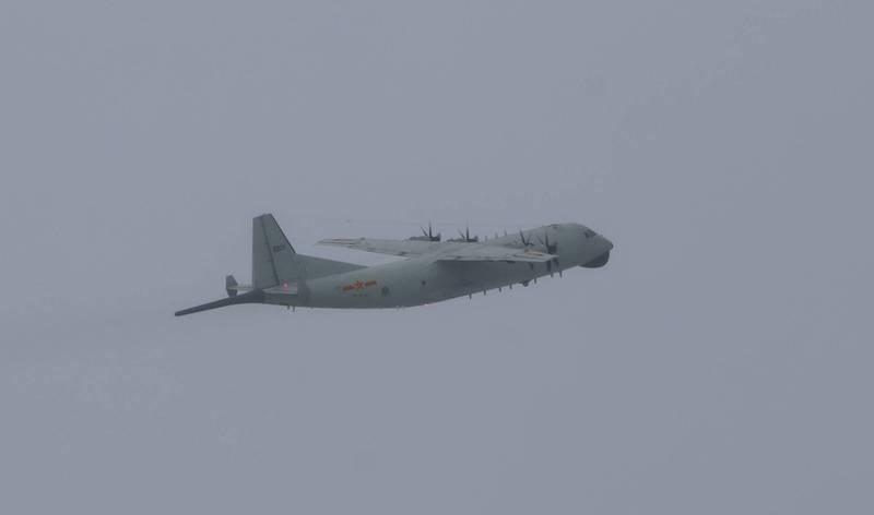共軍一架運-8反潛機(見圖)在今天上午侵入我國防空識別區西南空域。(圖擷取自國防部)