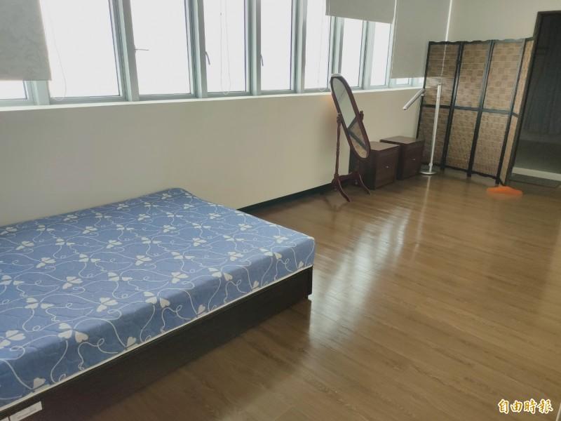 前高雄市長韓國瑜位於鳳山行政中心的寢室。(記者葛祐豪攝)