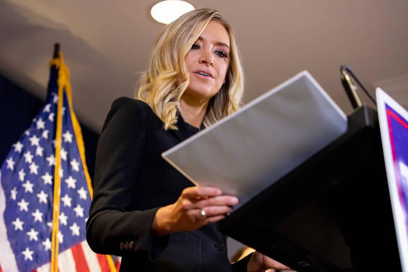 白宮發言人麥肯內尼(Kayleigh McEnany)稱握有美國大選有舞弊的證據。(彭博資料照)