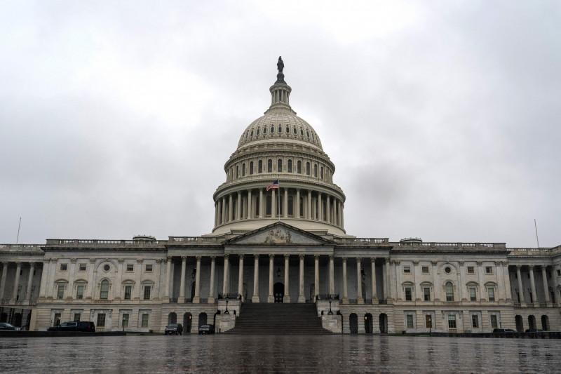 分析指出,民主黨為奪回白宮、保住眾院優勢而「短暫團結」,但之後料再度因不同派系路線之爭陷入分裂。圖為美國國會大廈。(法新社檔案照)
