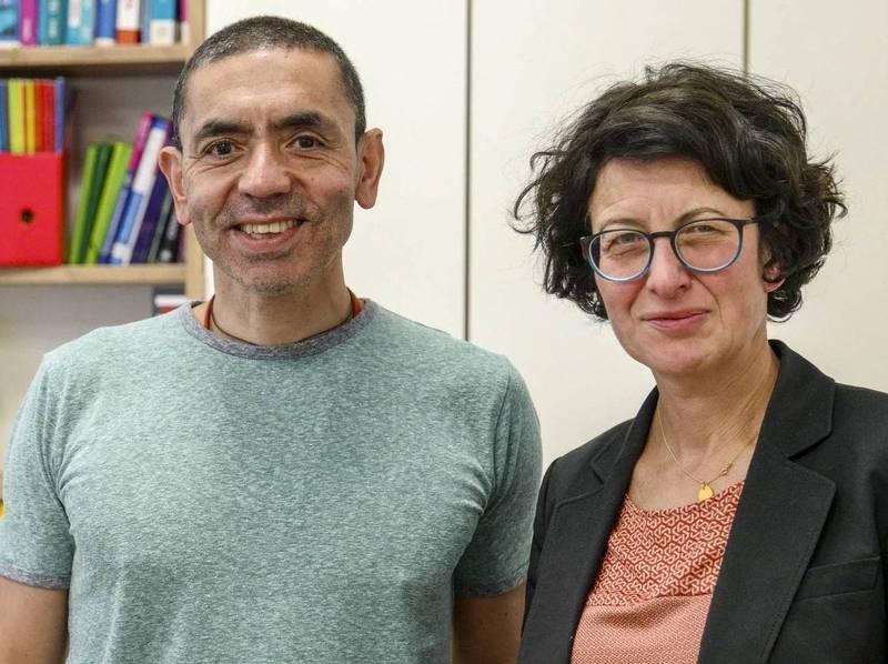 德國科技公司BioNTech創辦人夫婦皆來自土耳其移民家庭。(圖擷取自推特_Qasim Rashid, Esq.)