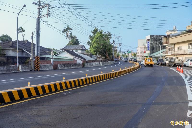 神岡區大豐路四段成功拓寬,改善原有交通瓶頸。(記者歐素美攝)