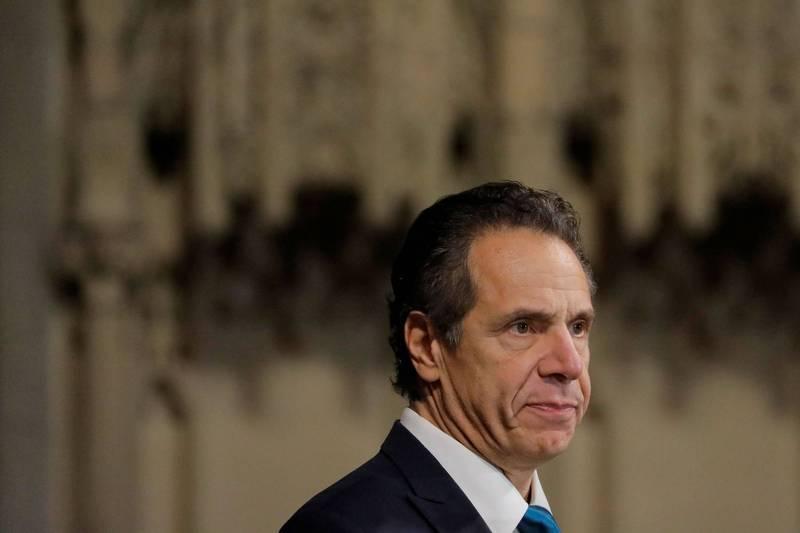 美國總統川普日前威脅將把紐約排除在武漢肺炎疫苗計畫外,紐約州長古莫15日揚言提告聯邦政府。(路透)