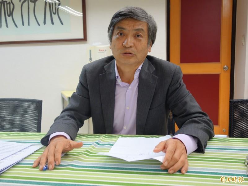 政治大學校長郭明政說,已通過台灣聯合大學系統4所學校的校務會議通過,預計最快明年初可加入該系統,展開聯合招生、學籍轉換等,互補合作。(記者吳柏軒攝)