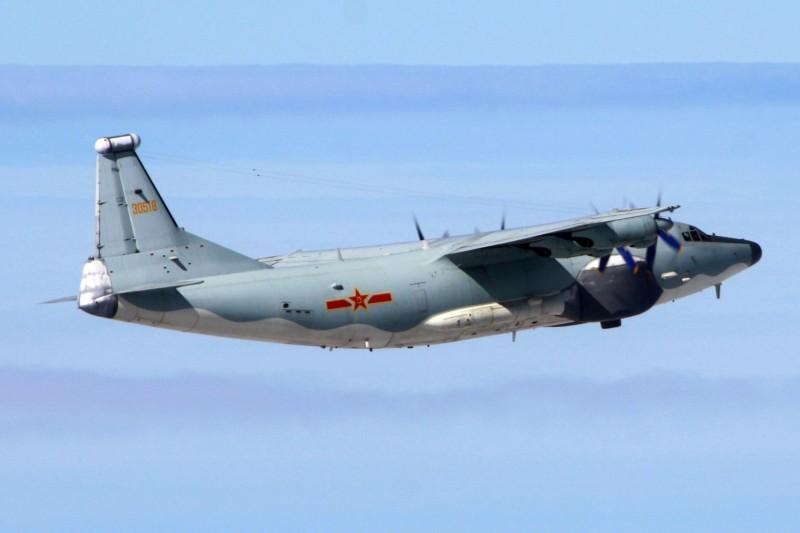 全台搜救失事飛官之際,共機仍一早擾台西南空域。(國防部提供)