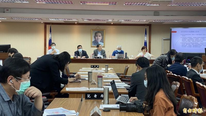 立法院內政委員會召開「跟蹤騷擾行為防制相關法制立法」公聽會。(記者黃欣柏攝)