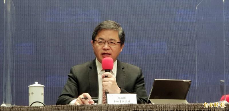 行政院秘書長李孟諺說明數位身分證爭論,強調資安周延,台灣應往前走。(記者李欣芳攝)