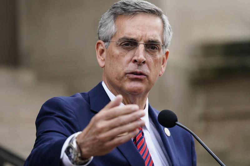 喬治亞州州務卿拉芬斯佩格(Brad Raffensperger)18日指出,依照目前重新計票的情勢來看,結果依然相同,川普依然在該州輸掉。(美聯社)