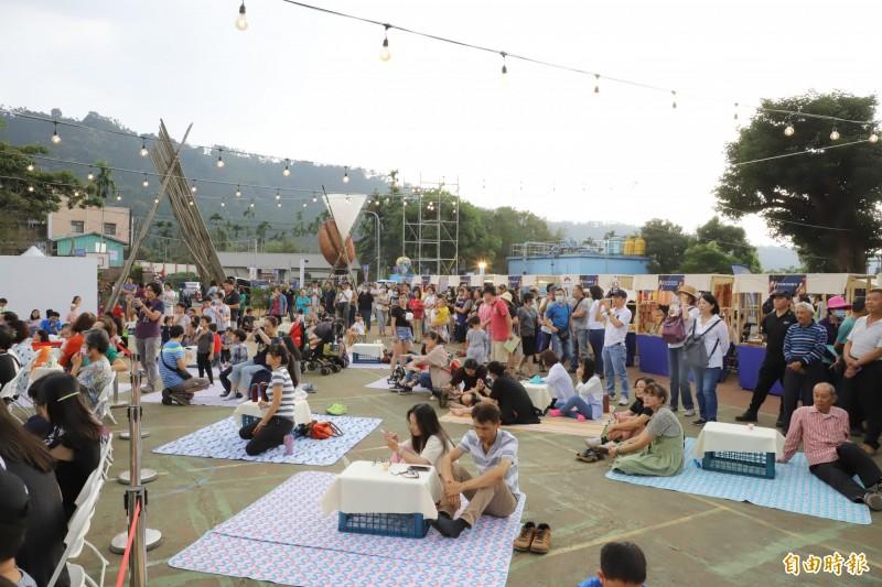 台灣咖啡節下午揭幕 夜間有草地音樂會