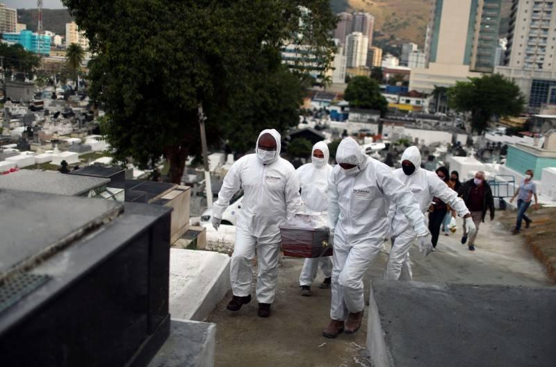 巴西於20日武漢肺炎確診數突破600萬例,單日新增3萬8397例,僅次於美國與印度,累積死亡數則接近17萬。(路透資料照)