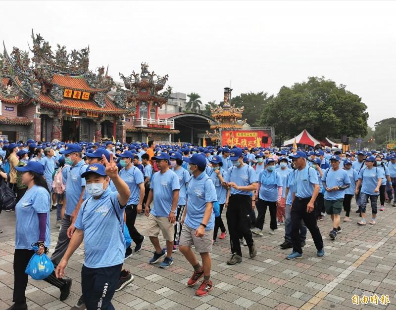 台南歸仁區的仁壽宮舉辦王醮巡禮,場面熱烈。(記者吳俊鋒攝)