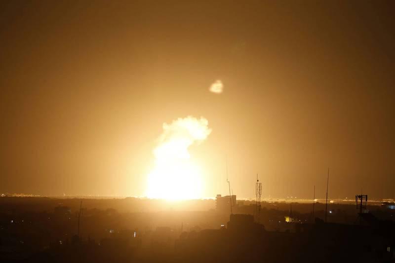 圖為以色列空軍成功空襲目標。(法新社)