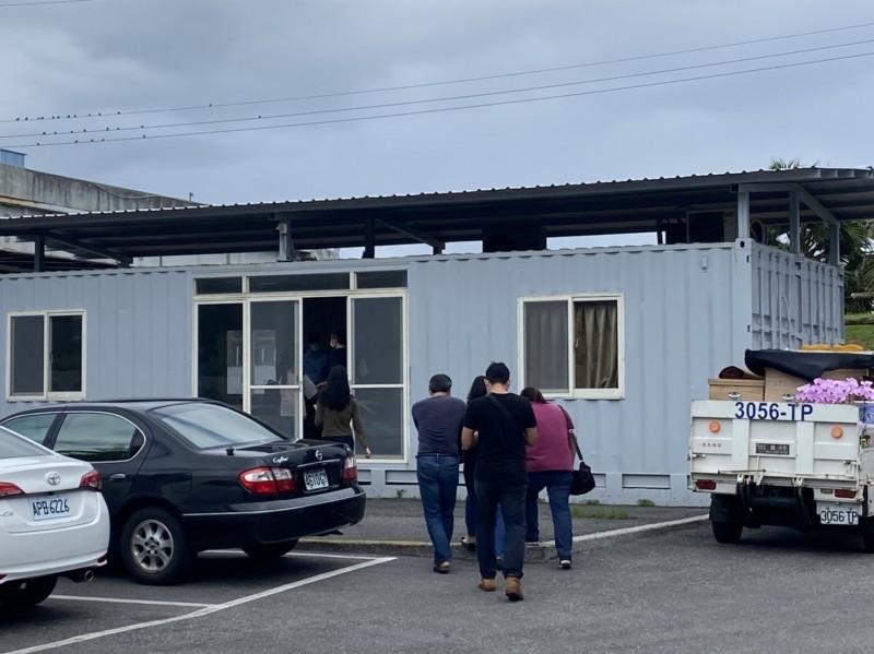 花蓮空軍基地黃姓機工長昨在營區寢室輕生身亡,檢方今完成遺體相驗,死因為縊頸窒息。(民眾提供)