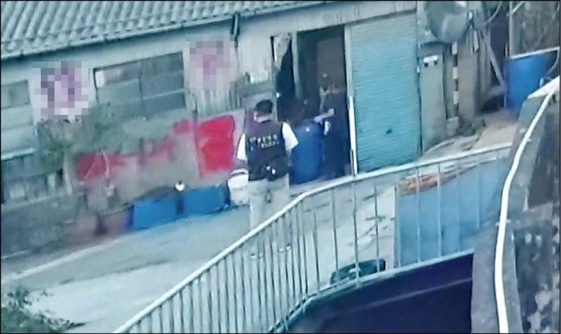 台中駭人命案》溶屍封桶 54歲男16歲女遇害