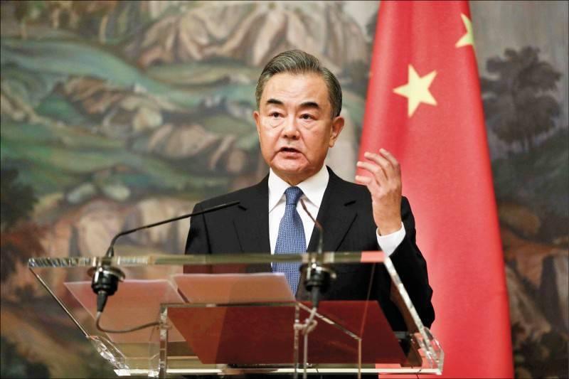 中國外交部長王毅今天訪問日本。(法新社檔案照)