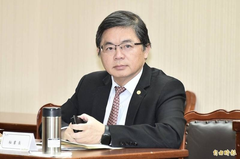 行政院秘書長李孟諺出席內政委員會備詢。(記者塗建榮攝)