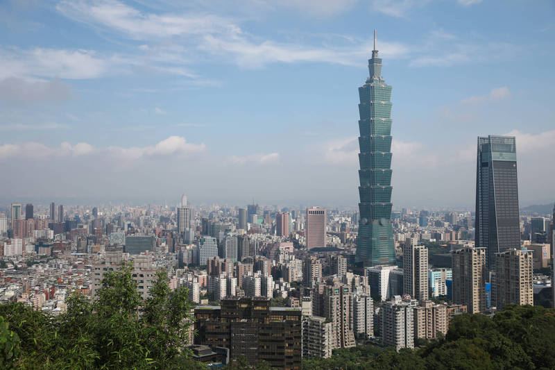 武漢肺炎疫情捲全球,《彭博》24日公布防疫韌性排名,在53個國家中,台灣在紐西蘭、日本之後,名列第3。(彭博)