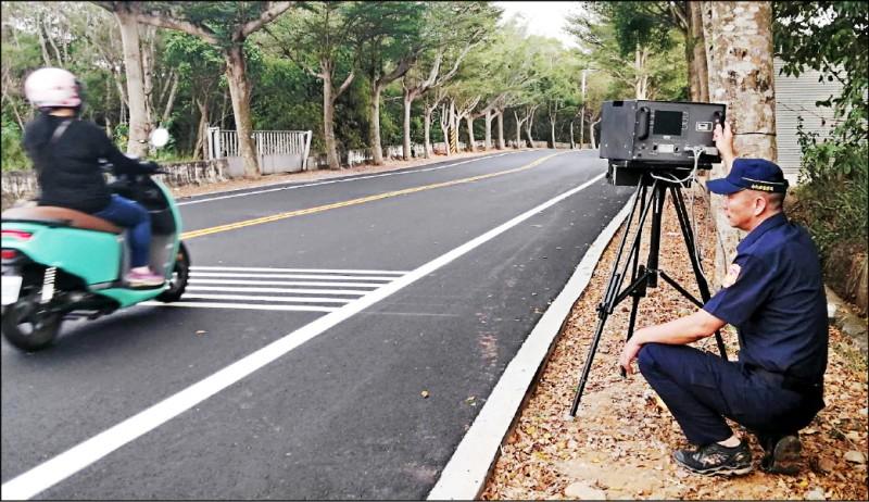 139線19至22K路段降速,警方還採取不定點測速照相。(記者湯世名翻攝)
