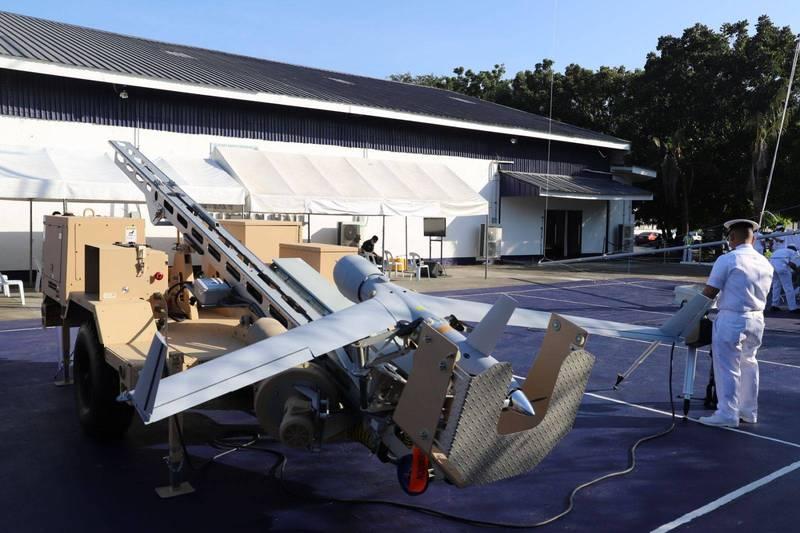 菲律賓海軍獲得8套「掃描鷹」無人機系統。(圖擷取自菲律賓海軍推特)