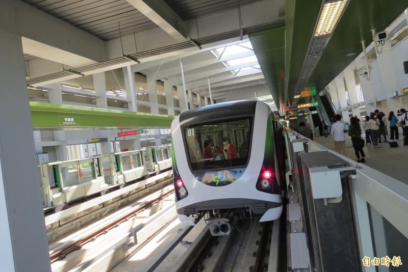 中捷綠線必須確保安全無虞後才會恢復試營運,日期恐延至12月7日以後。(記者蘇金鳳攝)