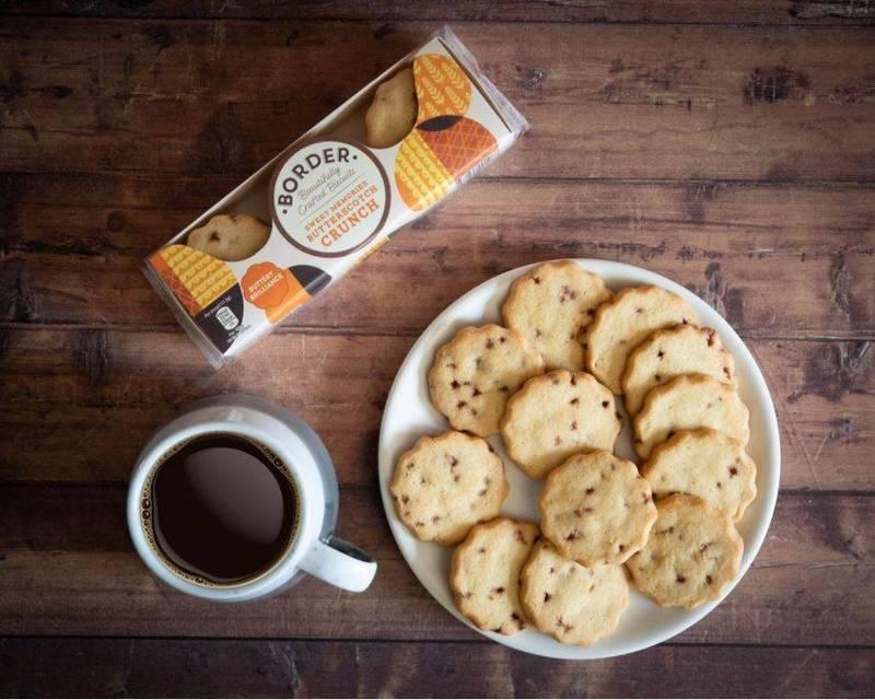 英國蘇格蘭一家餅乾製造商「邊界餅乾」(Border Biscuits)日前徵求「餅乾大師」擔任新品試吃員,只要吃餅乾就能獲得至少4萬英鎊(約新台幣150萬)的年薪。(圖擷取自Border Biscuits IG)