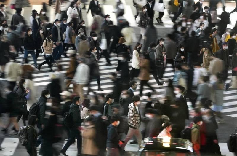 東京都今日新增561例確診病例,單日新增病例數持續維持在500例以上,累計病例則突破4萬大關。圖為東京街景。(歐新社)