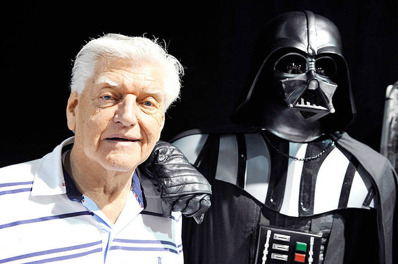 David Prowse, the British actor behind the menacing black mask of Darth Vader, poses for a photograph at a Star Wars convention in Cusset, France, on April 27, 2013. Photo: AFP