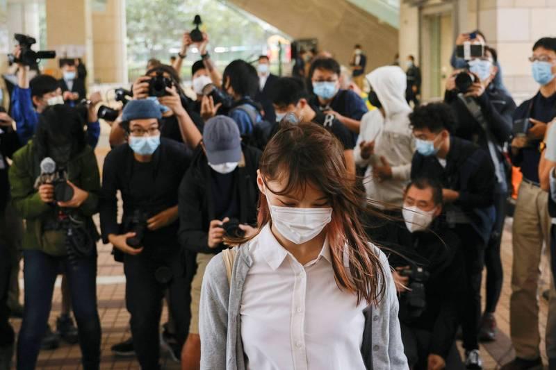 「日本對中政策國會議員聯盟」今日針對黃之鋒、周庭(前)及林朗彥三人被押事件發表聲明,認為和平示威被追訴關押不合理。(路透)