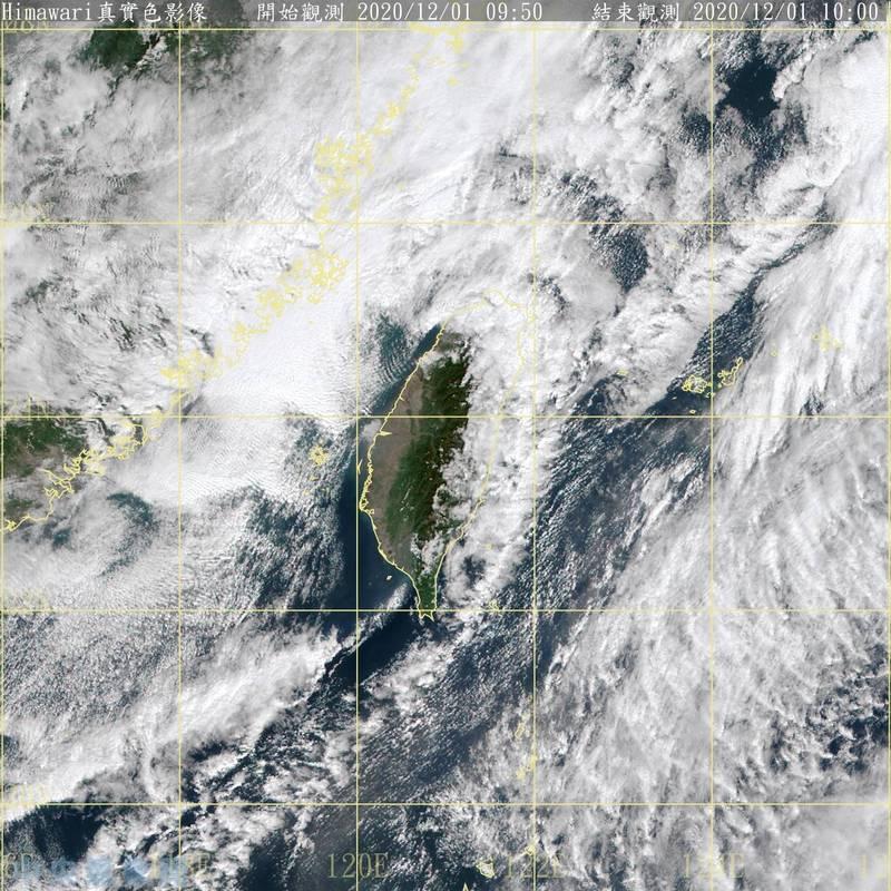 中央氣象局表示,未來一週持續受東北季風影響,桃園以北及東半部降雨機率高,尤其基隆、北海岸、東北部及大台北山區要留意局部大雨或豪雨。(記者蕭玗欣翻攝)