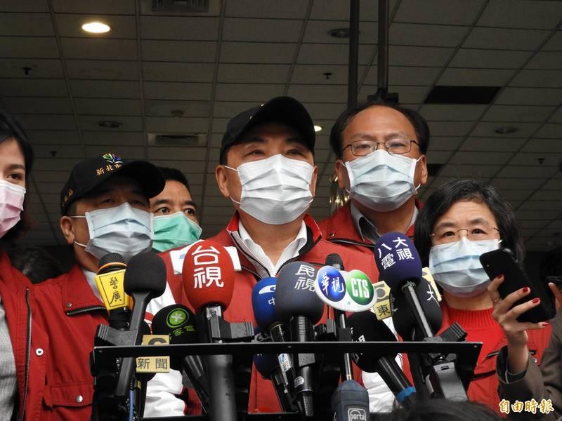 新北市長侯友宜表示,有近7成民眾非常擔憂萊豬的健康風險疑慮,一定要嚴格把關。(記者賴筱桐攝)